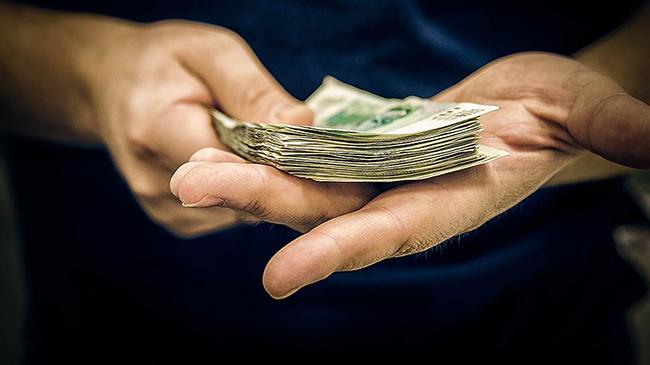 Цена за гадание:  За что клиент платит тарологу