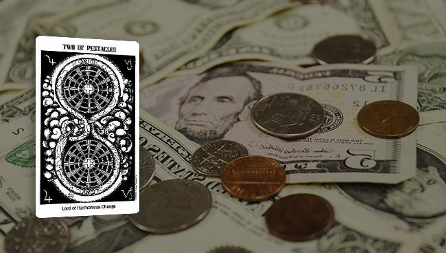 Таро гороскоп для Водолеев на март финансы