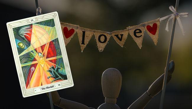 Таро прогноз для Стрельцов на апрель в отношениях и любви