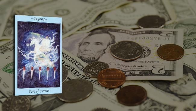 Таро прогноз для Овнов на май в финансах и работе
