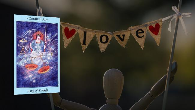 Таро прогноз для Весов на май в отношениях и любви
