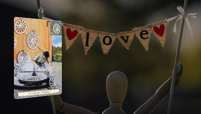 Таро-гороскоп Тельцам в мае 2019 в любви